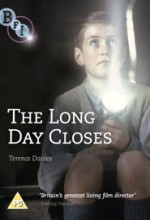 The Long Day Closes (1992) afişi