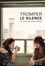 Tromper Le Silence (2010) afişi