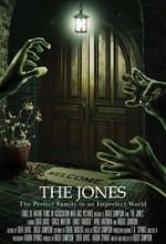 The Jones (2015) afişi