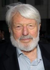 Theodore Bikel profil resmi