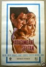 Yatağımdaki Şeytan (1968) afişi