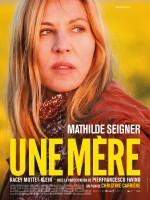 Une mère (2015) afişi