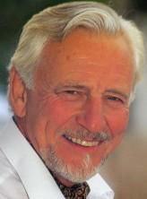 William Lucas profil resmi