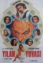 Yılan Yuvası (1974) afişi
