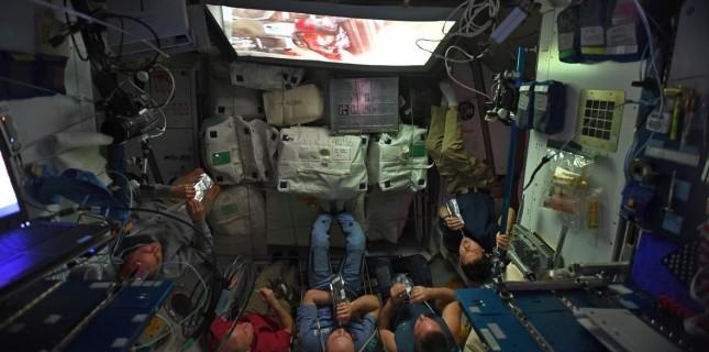 Astronotlar Star Wars'u böyle izledi