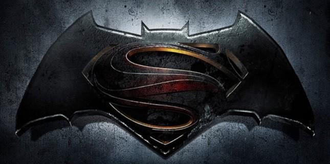 Batman vs Superman Filminin İsmi Açıklandı