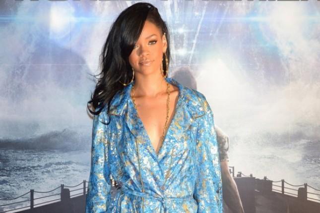 Battleship filminden Rihanna Röportajı