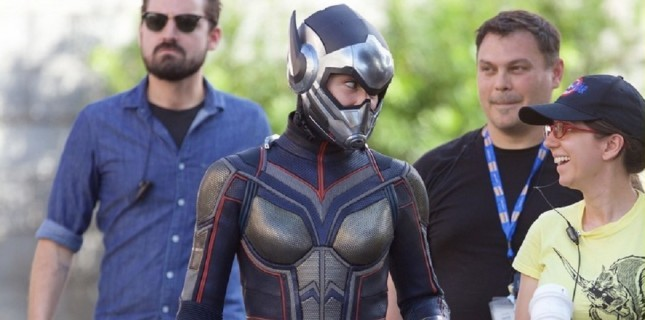 Evangeline Lilly 'Wasp' Kostümünü Giydi