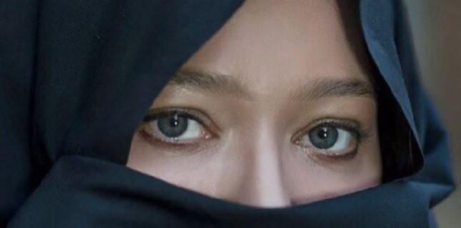 Nurgül Yeşilçay'dan 'Güzel Cin' Fotoğrafı