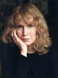 Mia Farrow profil resmi