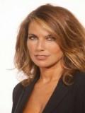 Nicole Calfan profil resmi