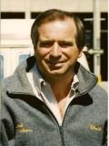 Charles E. Sellier Jr. profil resmi