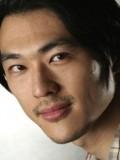 James Chen profil resmi