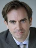 James Riordan profil resmi