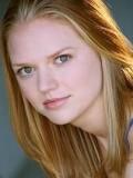 Kari Benson profil resmi