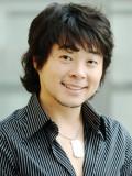 Kim Dong-hyun profil resmi