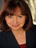Laura Julian profil resmi