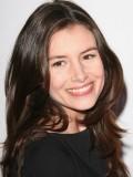 Louise Monot profil resmi