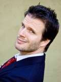Paul Hughes profil resmi