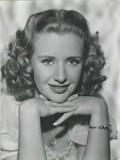 Priscilla Lane profil resmi