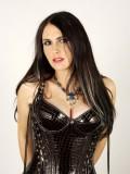 Sharon Den Adel profil resmi