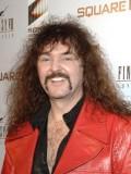 Wally Wingert profil resmi